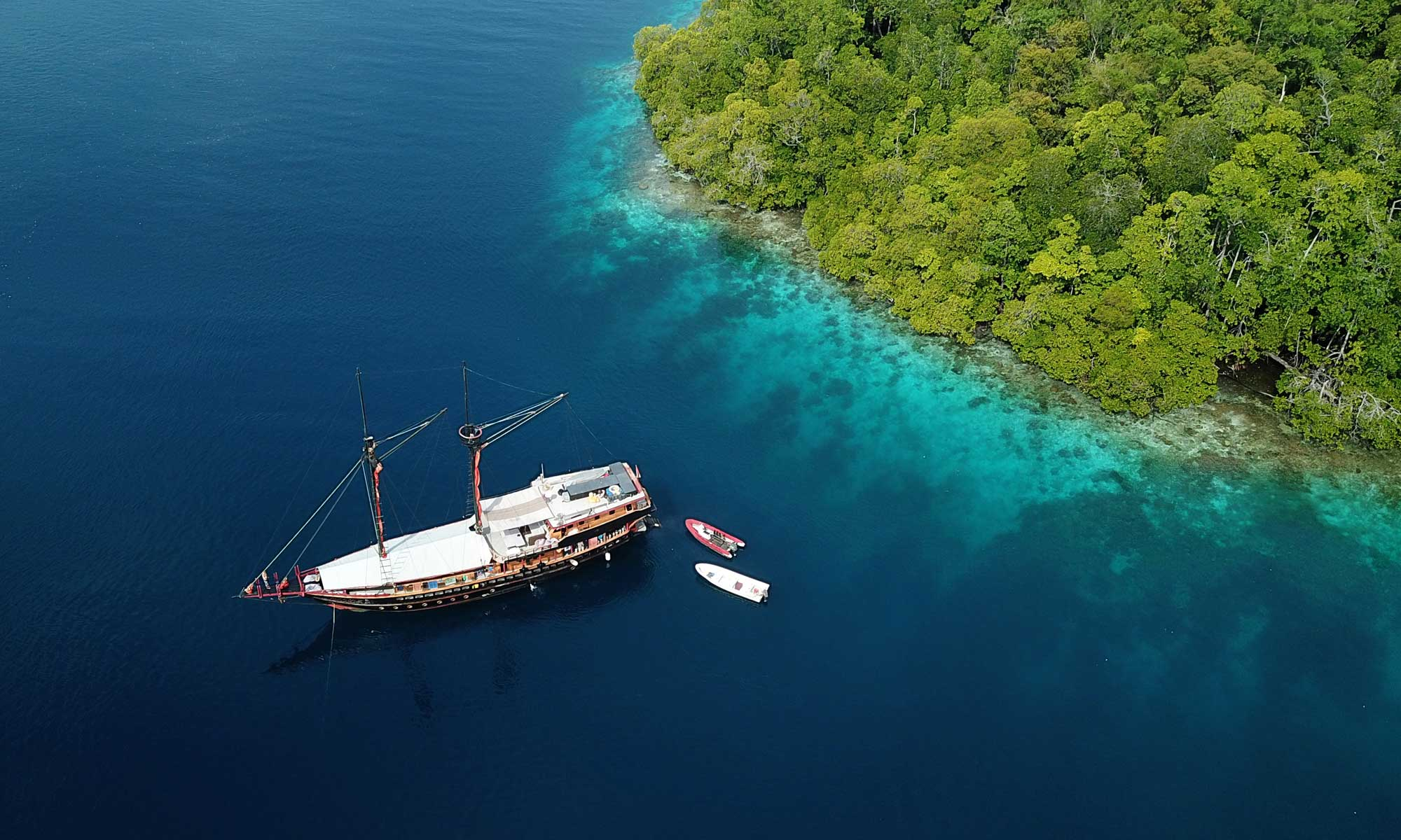 Best Raja Ampat Liveaboard Diving Experience  Calico Jack